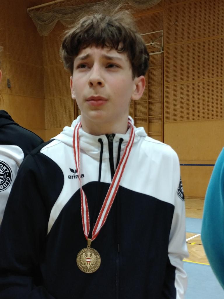 Luki: Ein stolzer Medaillengewinner