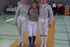 Das Team Wien bei der Begrüßung vor dem Finalgefecht: Enrica, Astrid und Irina